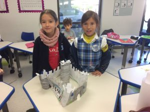 1st grade built their models of fortified castles www.lihouston.org